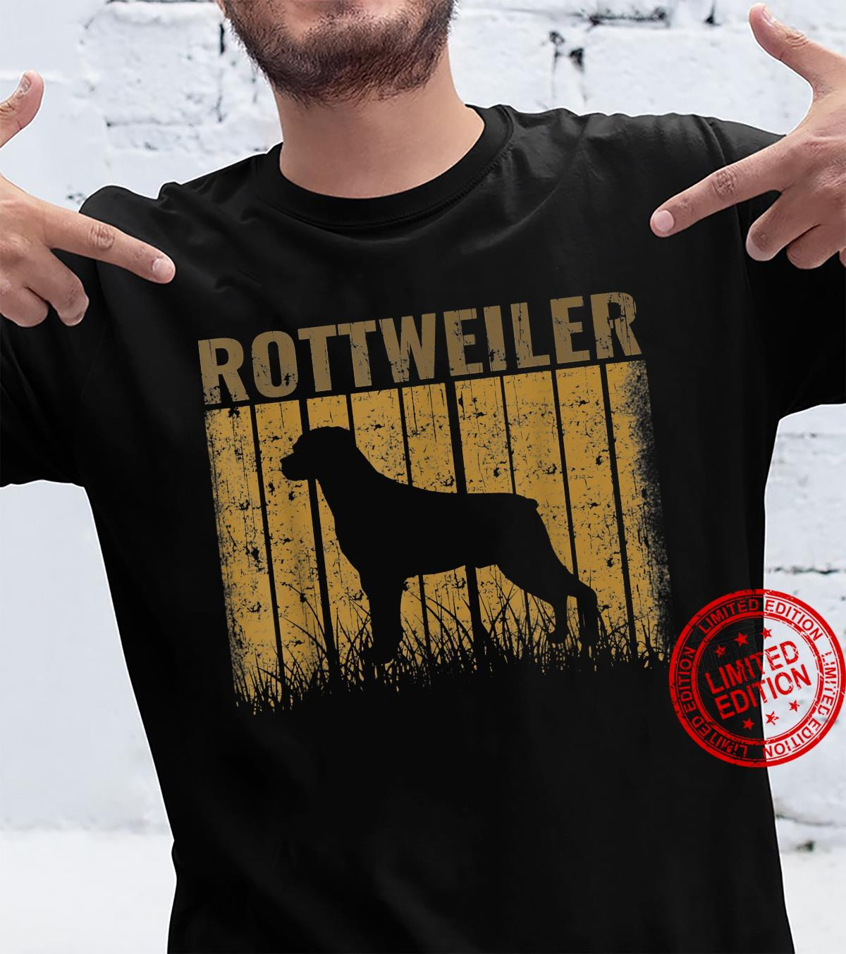 Dogs 365 Retro Rottweiler Dog Vintage Shirt