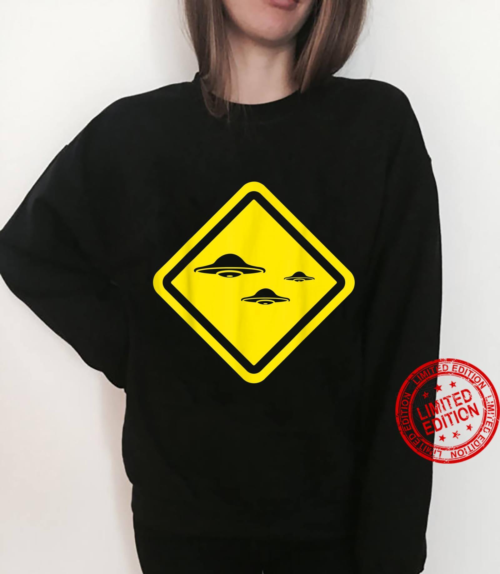 Flying Saucers Alien Enthusiast Idea UFO Believer Shirt sweater